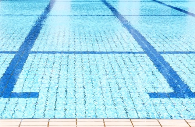 プールでのダイエットは泳げなくても関係ない!現役トレーナーが断言!