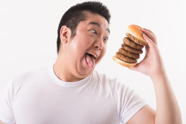 【トレーナー解説!】ダイエット中に食べ過ぎた次の日はどうすればいい?