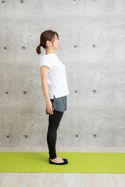 反り腰改善するためのストレッチは?